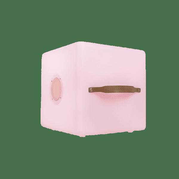 Nikki-Amsterdam-The-Cube-1