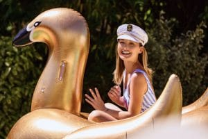 Sunvibes Gold Swan