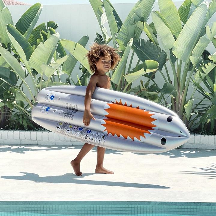 Surfboard haai 02
